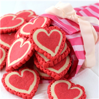 SugaryWinzy-Pink-Lace-Heart-Cookies10.jpg